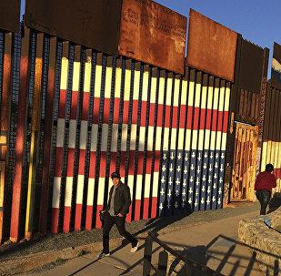 美墨边境墙