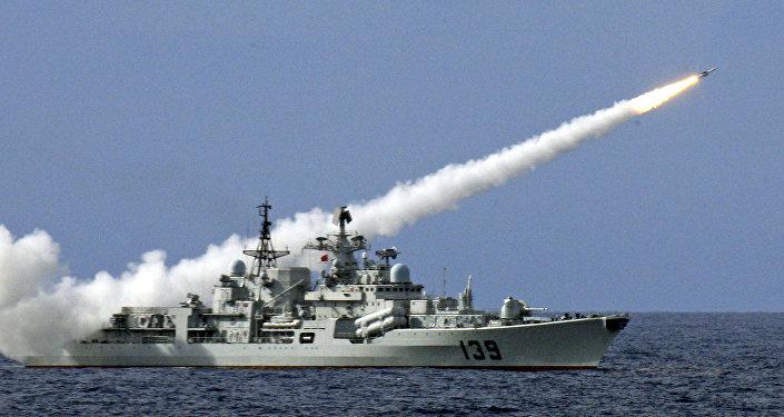 中國海軍在暹羅灣展示自己的艦隊