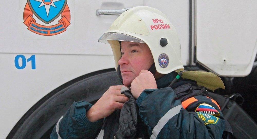俄紧急情况部:西伯利亚铁路一辆货运列车29节车厢脱轨