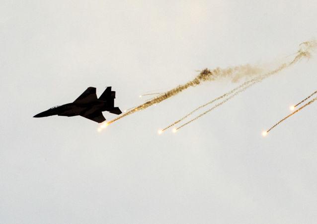 以军轰炸加沙地带以回应巴勒斯坦火箭弹袭击