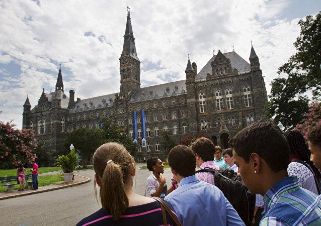 美國一所歷史最悠久的大學開設了「俄羅斯的很合戰爭威脅」課程