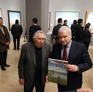 俄驻华大使:俄中建交70周年之际将举办多场画展