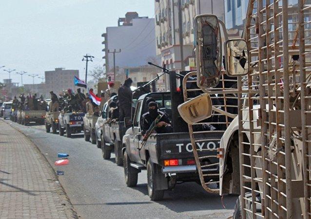 也门内政部:也门阿纳德军事基地爆炸案嫌疑人落网