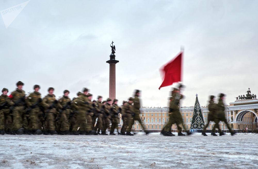 列寧格勒保衛戰勝利75週年閱兵彩排