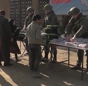 俄軍將人道主義援助送抵敘北部地區