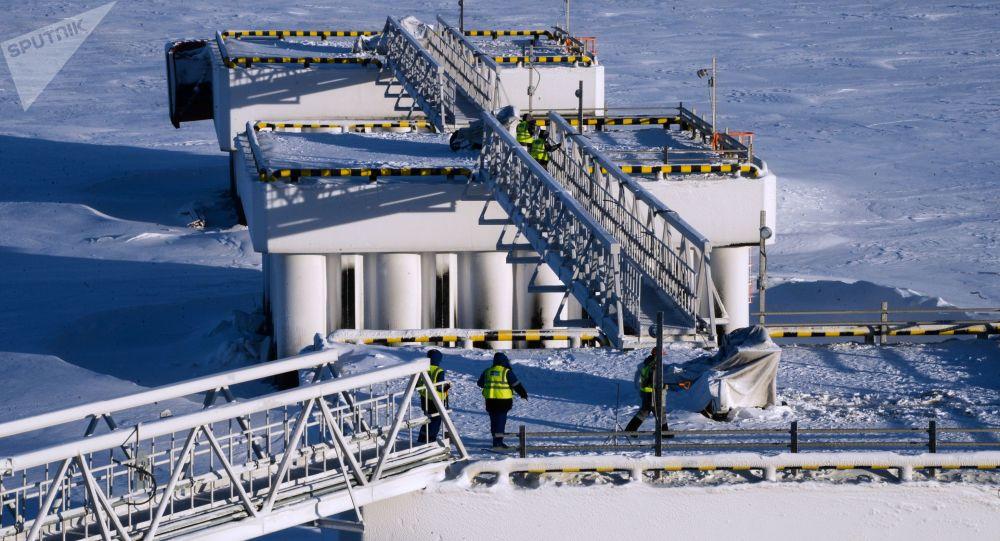 """诺瓦泰克公司有意吸引印度参与""""北极LNG-2""""项目"""