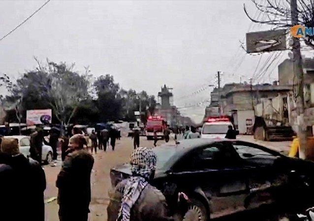 媒体:叙利亚曼比季恐袭造成12死20伤