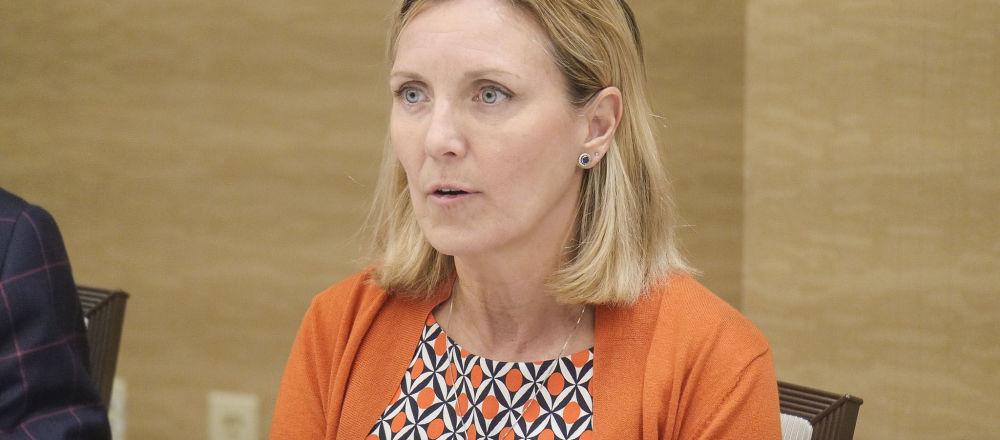 國際安全事務的助理國務卿安德里亞·湯普森
