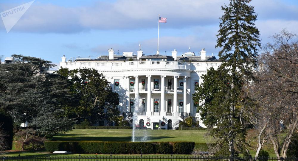 白宫:特朗普决定不延长对伊朗能源制裁的次级制裁豁免期