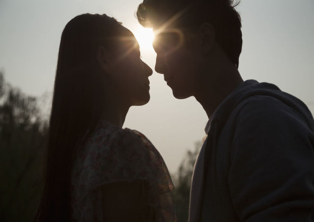 外国人被俄式的求婚方式吓呆