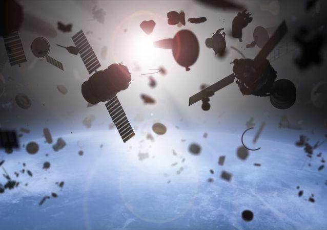 俄航天集团展示带有清理太空垃圾网的卫星外貌