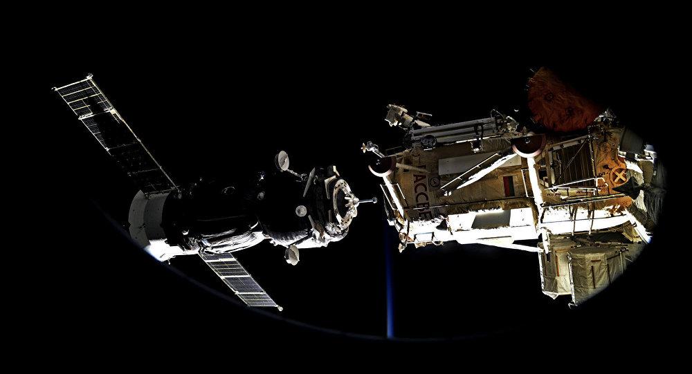「聯盟MS-13」號飛船與國際空間站的對接