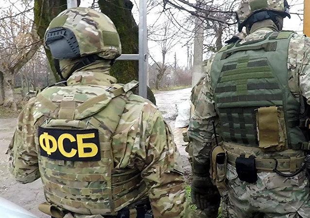 俄联邦安全局阻止境内32个地区86名地下弹药制造者活动