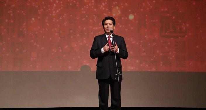 李辉大使在留俄学生春节联欢晚会上致辞