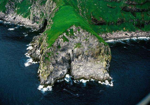 俄外长:日本应承认俄罗斯对南千岛群岛拥有主权