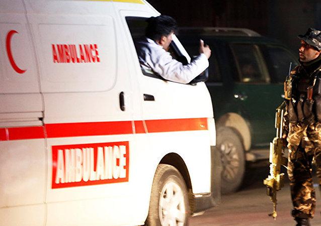 阿富汗空军基地附近发生汽车爆炸事件