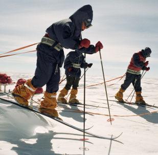 南极科考老照片
