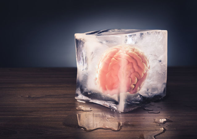 科学家介绍防范阿尔茨海默病的简单方法