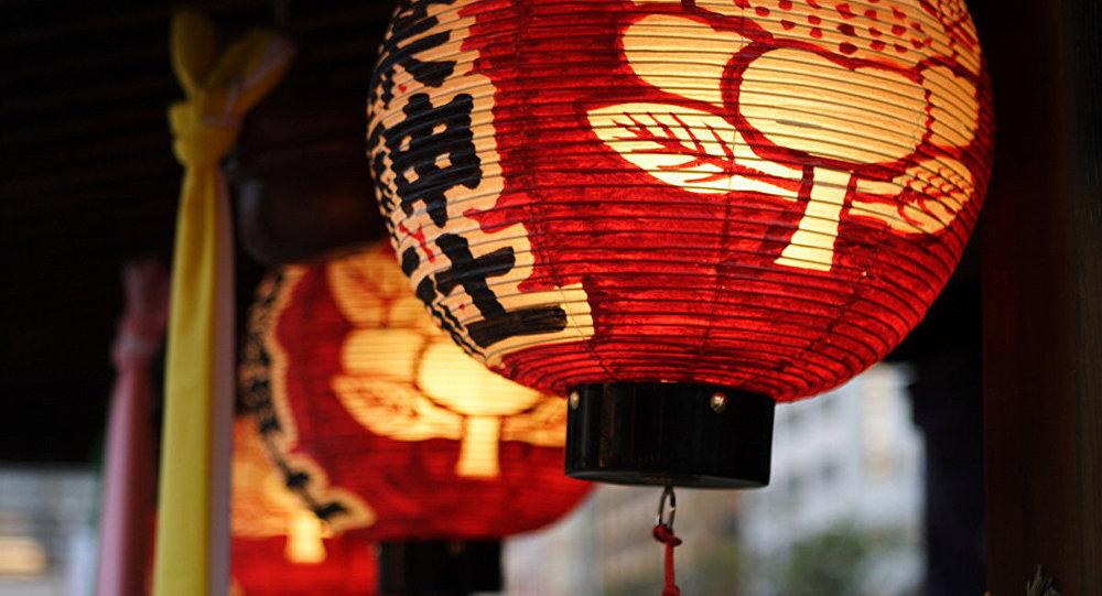 Китайский фонарик.