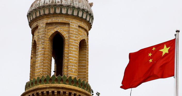 新疆反恐维稳任务繁重
