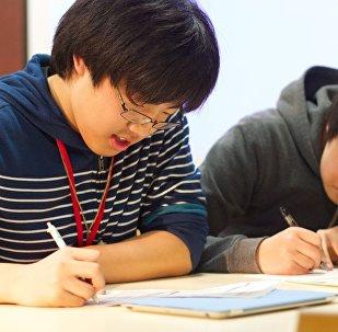 北京首次举办卫国战争历史问答测验 20名俄中学生参加