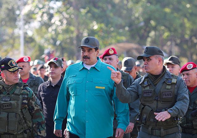 马杜罗回应特朗普向委内瑞拉派兵的威胁