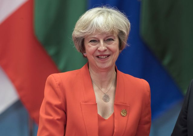英国首相对阿桑奇被捕表示欢迎