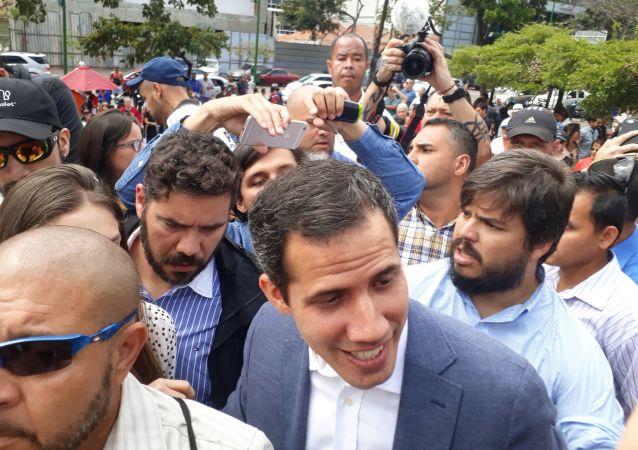 美国务院:美国政府已允许瓜伊多控制委内瑞拉政府在美国银行的帐户