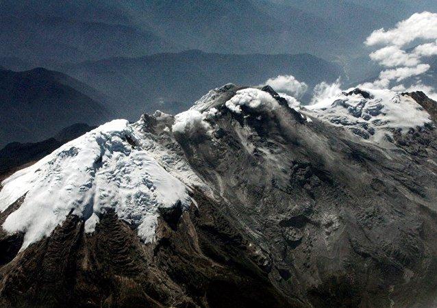 哥倫比亞內瓦多·德·胡伊拉活火山附近發生一系列新地震