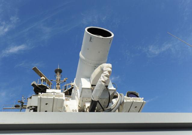 """中国媒体报道美国新型""""超级大炮"""""""