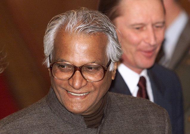 印度前国防部长费尔南德斯逝世 享年88岁