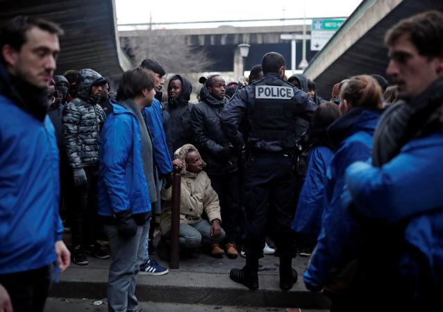 非法移民在法国(资料图片)