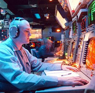 """""""宙斯盾""""反导系统的控制面板"""