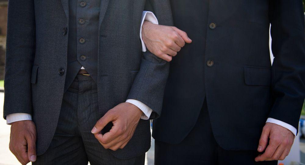 日本首次承认同性伴侣
