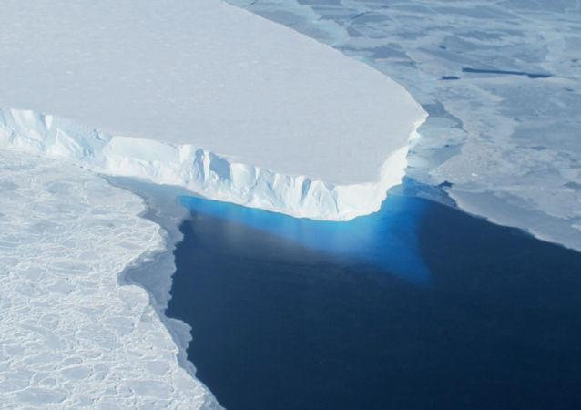 科学家解释南极异常原因
