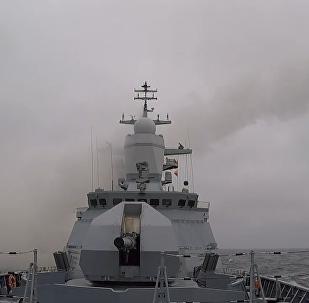 俄导弹护卫舰波罗的海演习
