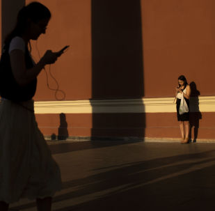 中国智能手机2018年在俄销售额增长七成