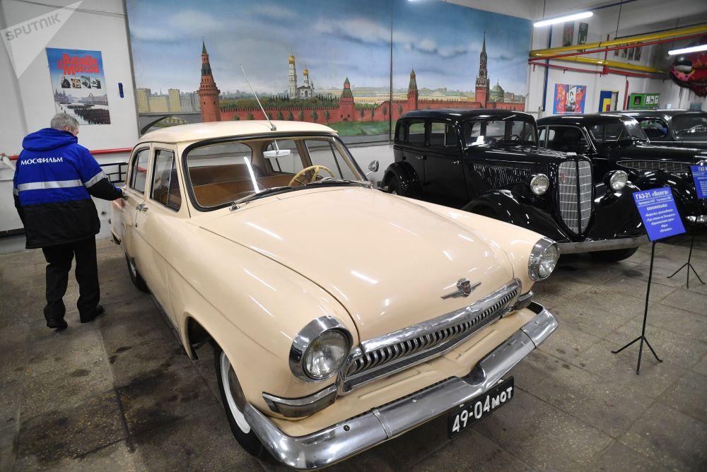 莫斯科电影制片厂博物馆里的车辆道具