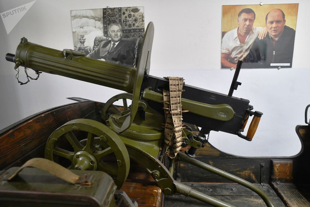 莫斯科电影制片厂博物馆里的重型机关枪展示