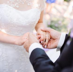 伴娘成為中國婚禮的主角