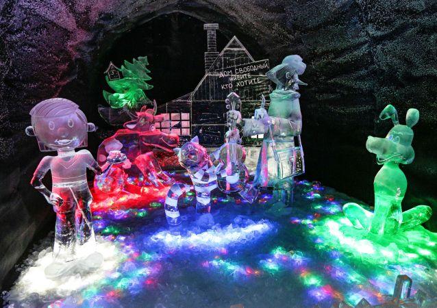 动画片《普罗斯托克瓦希诺》 的主角冰雕
