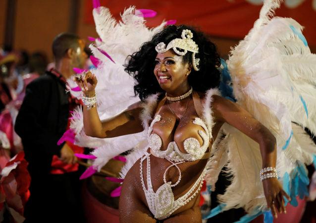 乌拉圭狂欢节坎东贝热舞