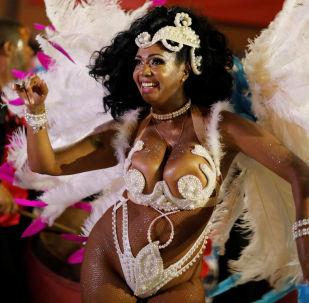 坎東貝是當今烏拉圭人稱為民族舞蹈的一種舞蹈,事實上源自非洲。