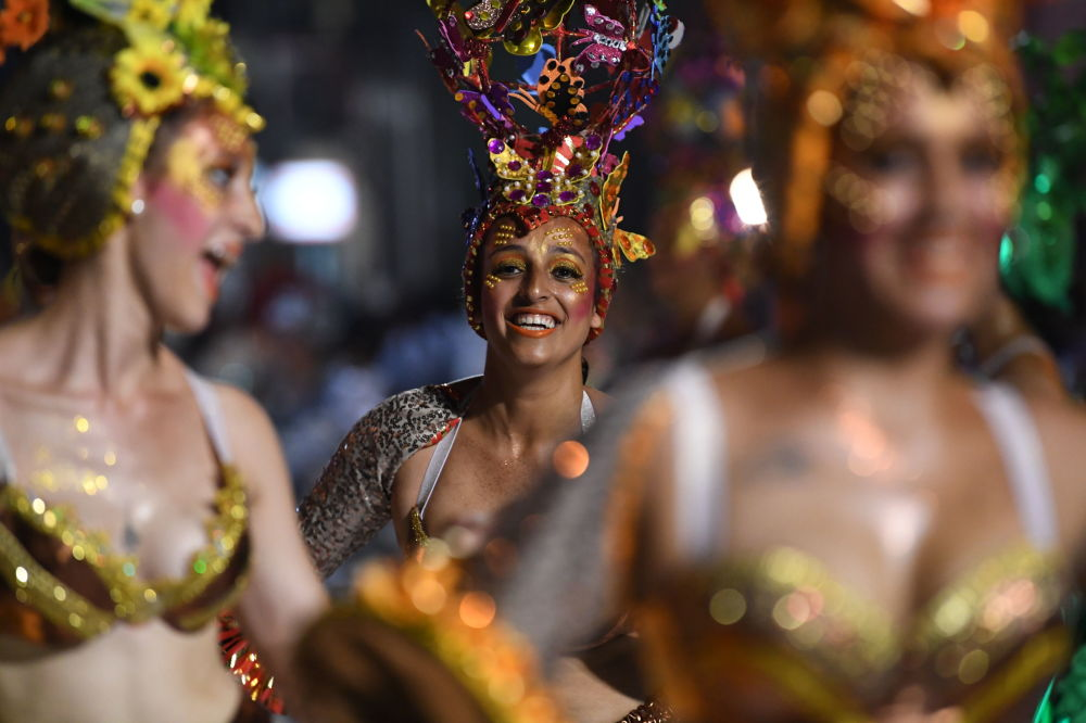 烏拉圭狂歡節坎東貝熱舞