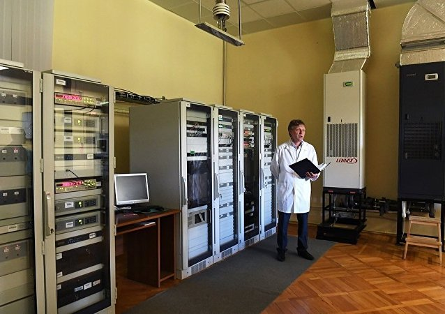 俄罗斯科学家在建造第二代光学原子钟