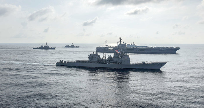 中国外交部:中方强烈不满两艘美国军舰11日擅进南沙群岛海域
