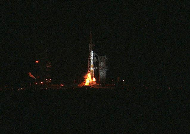 美國運載火箭(Delta IV Heavy)
