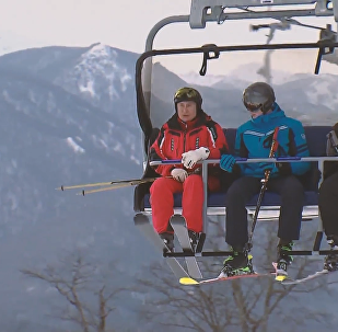 普京和卢卡申科滑雪