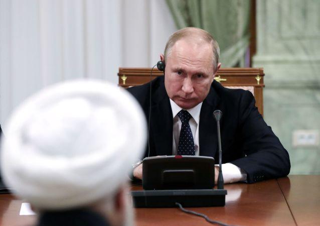 普京:叙利亚全境暴力水平下降