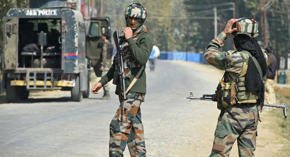 Индийские военные в округе Бандипора штата Джамму и Кашмир